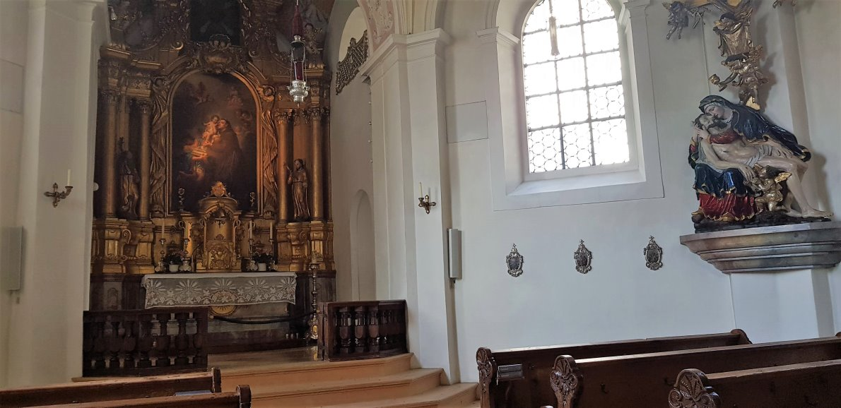 Hochaltar mit dem Litterini zugeschriebenen Antoniusbild. (Foto: Knut Kuckel)
