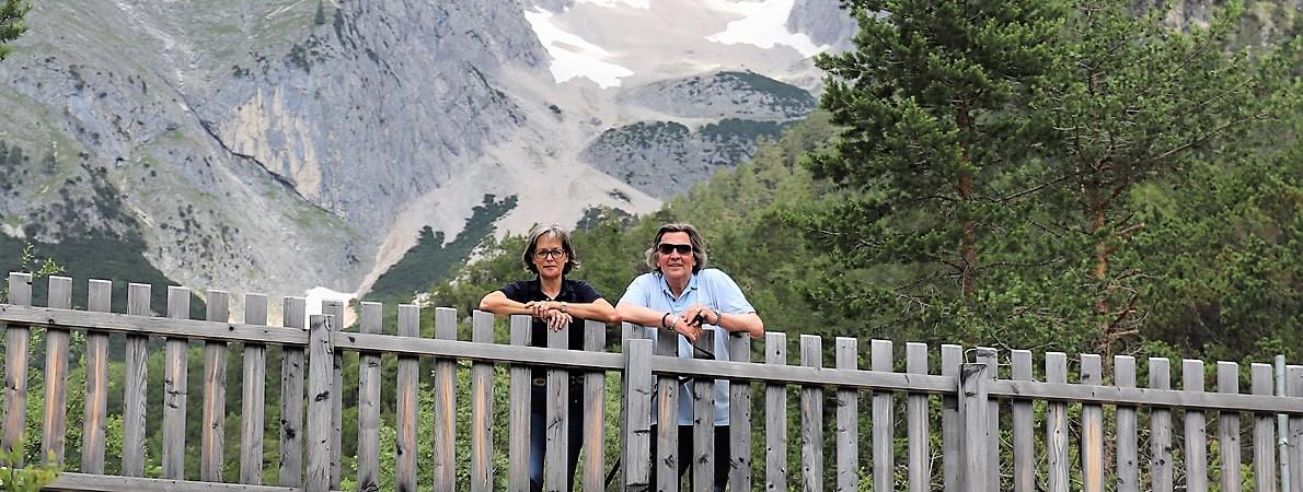 Eifelgefühle in den Tiroler Bergen? - Barbara und Horst Hültenschmidt unterhalb vom Stöttltörl. (Foto: Knut Kuckel)