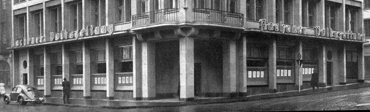 Am 8. März 1951 wurde das neue Verlagsgebäude der Aachener Volkszeitung eingeweiht. Auf dem ehemals zerbombten Grundstück wird die Aachener Volkszeitung bis zum Jahr 1977 vollständig produziert. Das Gebäude der Aachener Volkszeitung war das erste in Aachen neuerbaute Haus nach dem Krieg. (Foto: Zeitungsverlag Aachen)